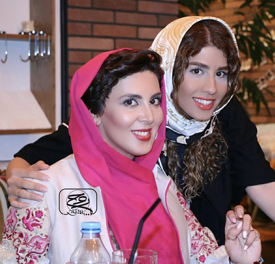 عکس جدید لیلا بلوکات با خواهرش
