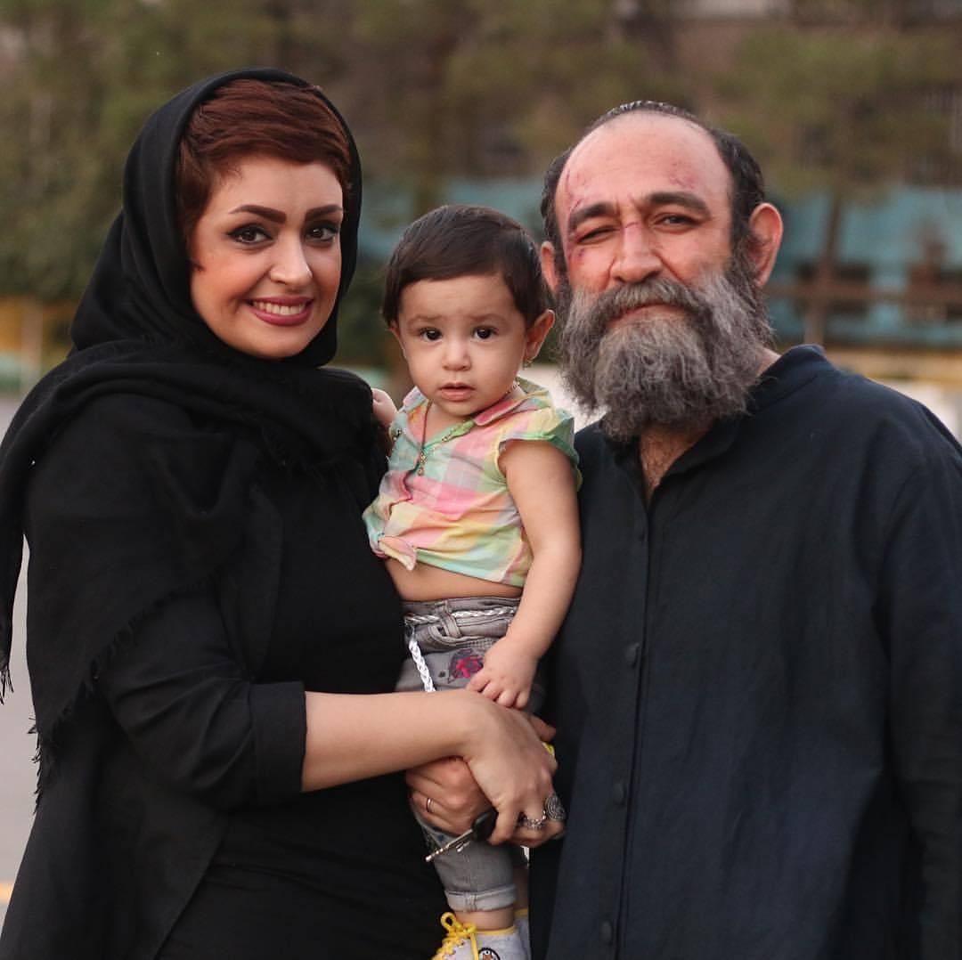 عکس جدید هدایت هاشمی با همسر و فرزندش