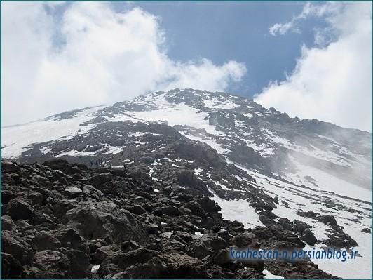 قله دماوند از مسیر شمالی