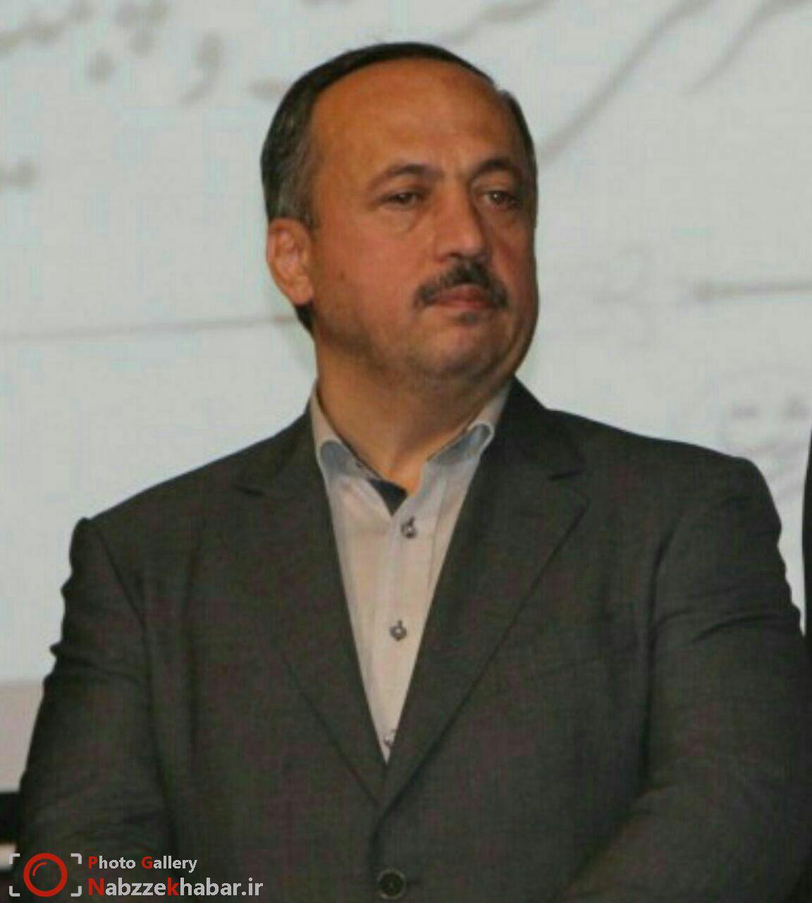 دکتر نصرتی : کار تفکیک زباله از مبدا به پیمانکاران رفت و روب مناطق پنجگانه ی رشت سپرده می شود