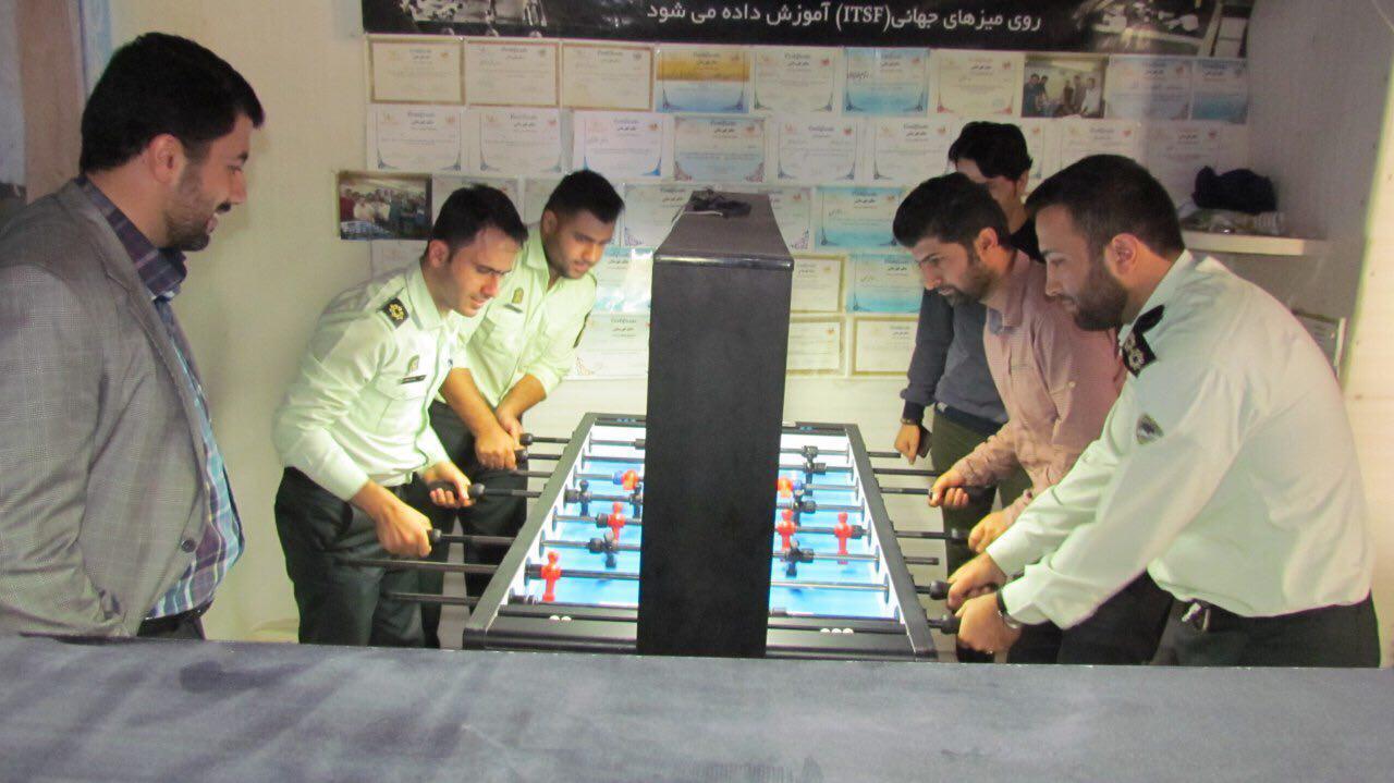 مسابقات فوتبال رومیزی به مناسبت هفته نیروی انتظامی در گیلان