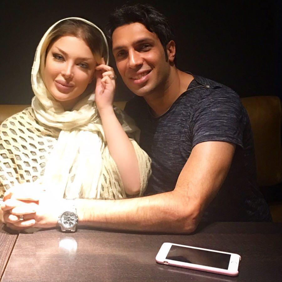 سپهر حیدری کنار همسرش