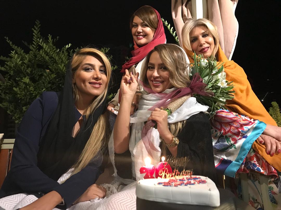 عکس جشن تولد سمانه پاکدل