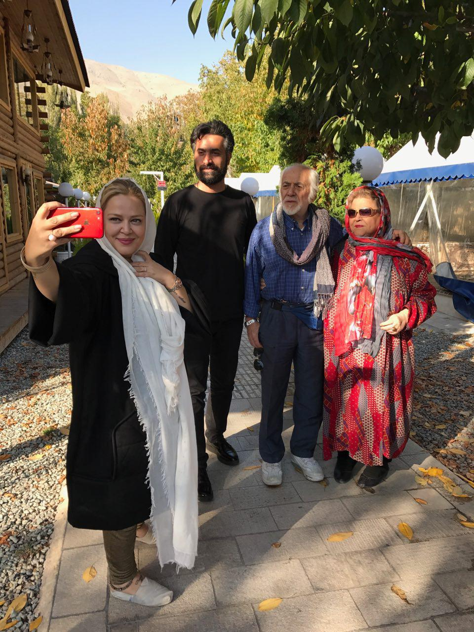 عکسهای بهاره رهنما با پدر مادر و همسر جدیدش