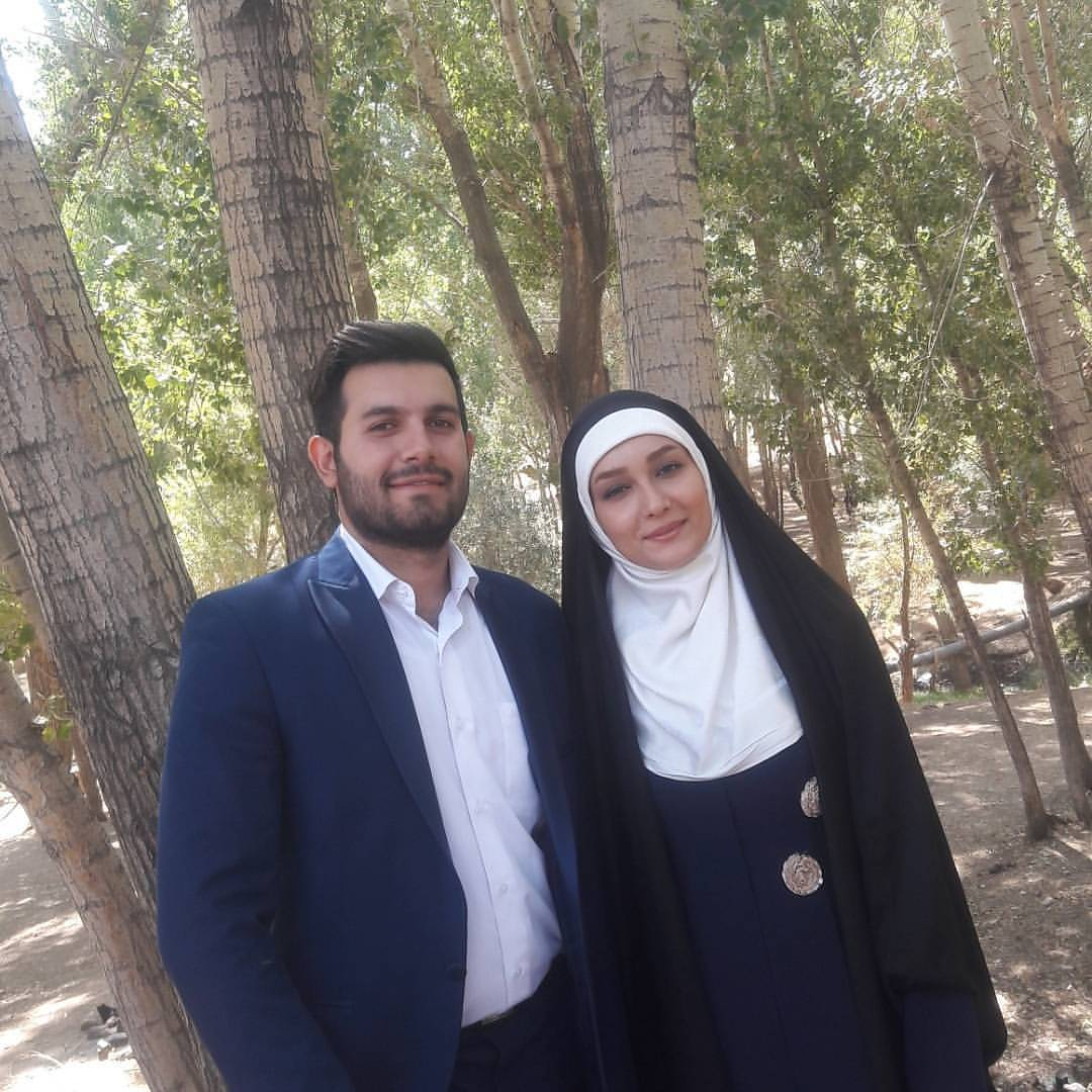 عکس زیبای مژده خنجری با همسرش