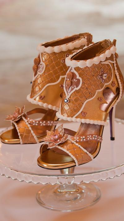 گرانترین کفش زنانه دنیا در دبی