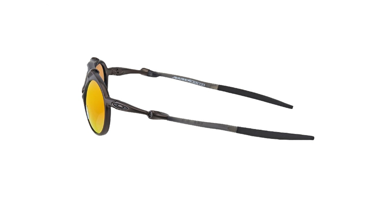 فروش عینک آفتابی اوکلی