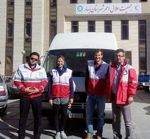 دو گردشگر سوئيسي به کمک زلزله زدگان رفتند