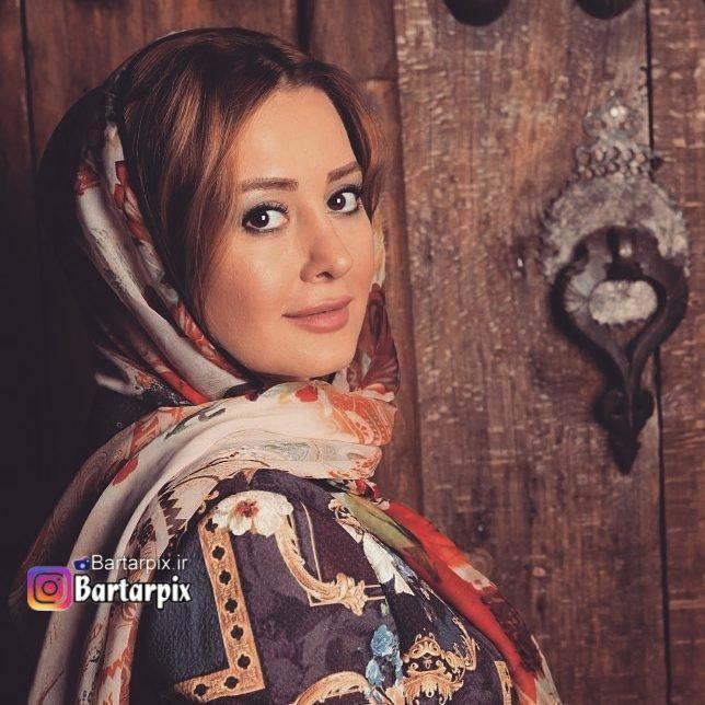 http://s8.picofile.com/file/8312157400/www_bartarpix_ir_golnaz_khalesi_aban96_2_.jpg