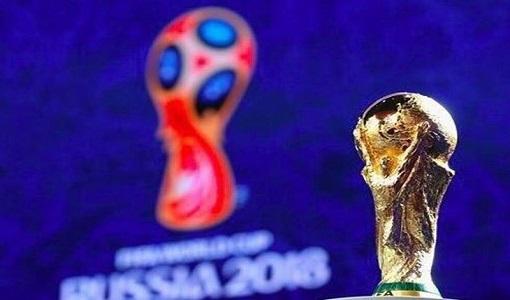 مراسم فرش قرمز قرعهکشی جام جهانی ۲۰۱۸| دایی، مهدویکیا و تاج وارد سالن شدند/ حضور نامداران و اظها