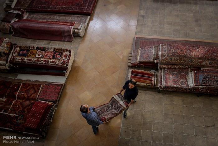 10Tehran carpet market