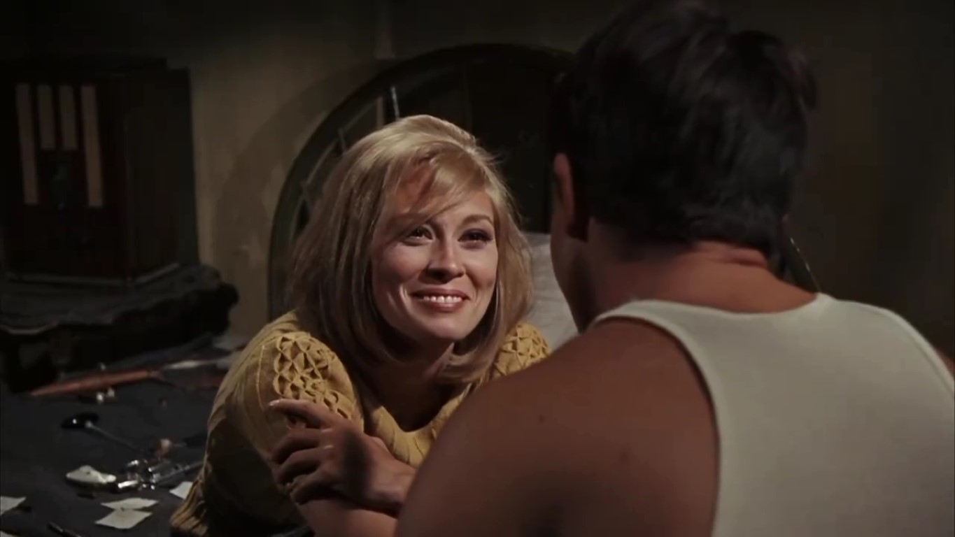 http://s8.picofile.com/file/8314036976/Bonnie_And_Clyde_1967_720p_HeyDL_044261_2017_12_12_00_12_38_Medium_.JPG