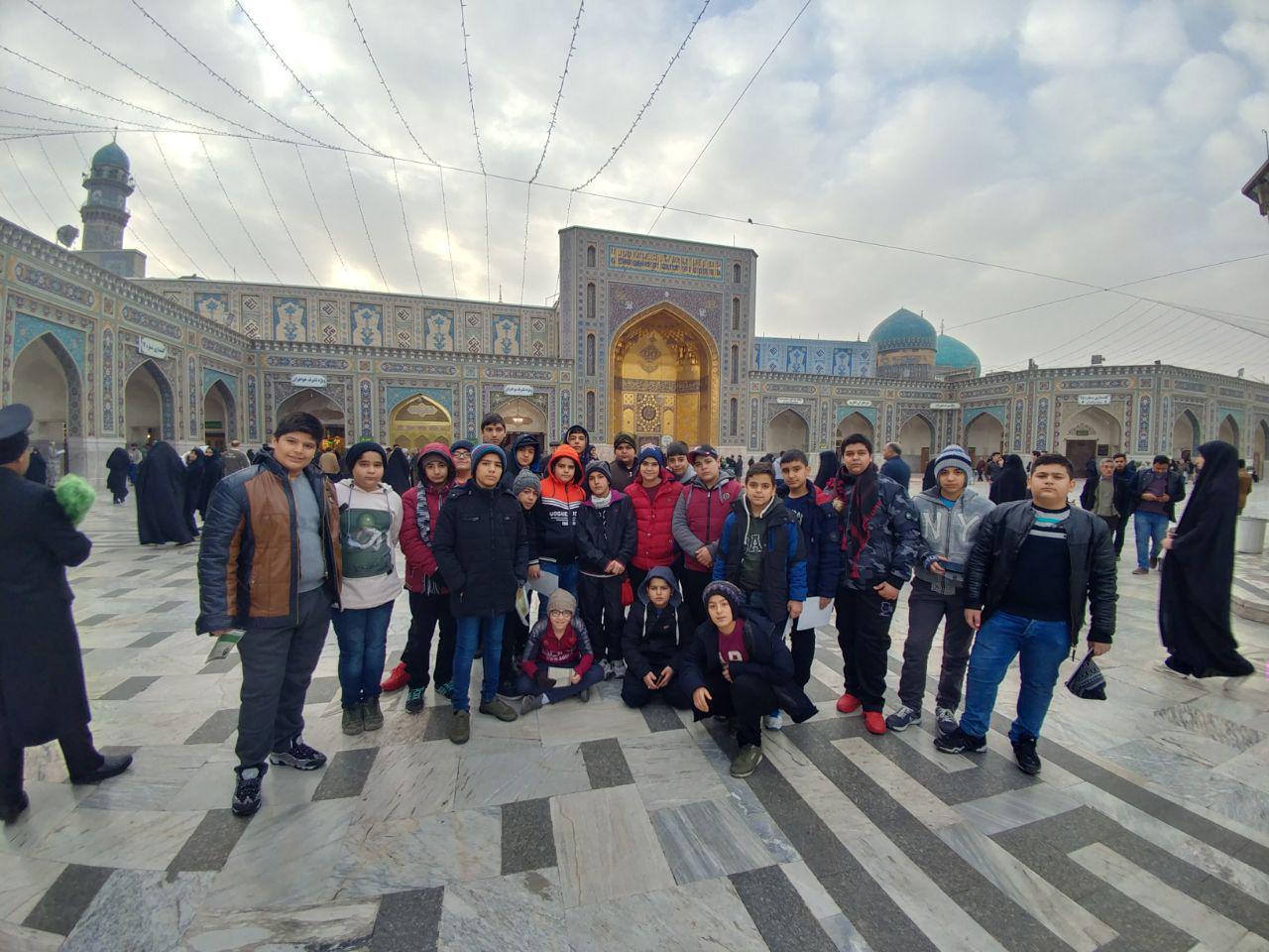 تصاویر مربوط به اردوی مشهد مقدس پایه هفتم