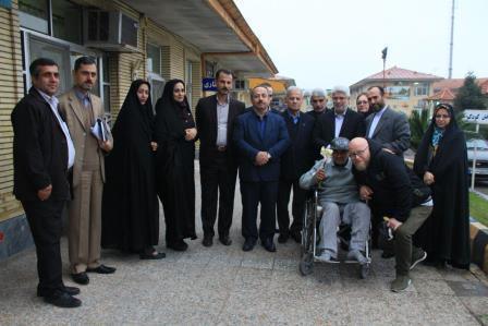 همزمان با فرا رسیدن یلدا؛دیدار شهردار و رئیس کمیسیون فرهنگی شورای رشت با سالمندان و معلولین