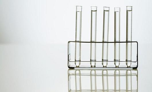 در چه سنی آزمایش HIV بدهیم بهتر است؟