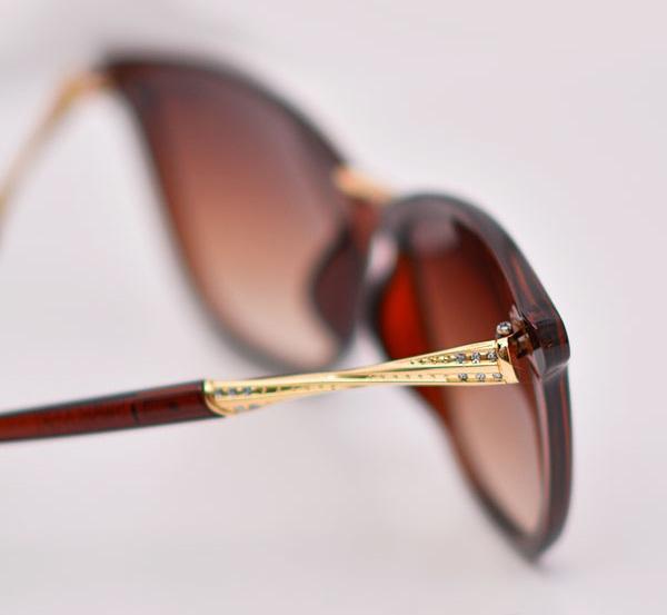 عینک آفتابی