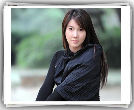 بیوگرافی لی جی آه
