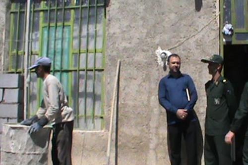 بازدید گروه جهادی حوزه بسیج امام حسین ع بیضا توسط سرگرد پاسدار محمد امین صباغیان مقدم ، فرمانده مرکز سپاه بیضا ( شهریور 1396 )