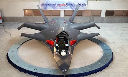 «صاعقه» و «قاهر ۳۱۳»؛ بمب افکن های ایرانی