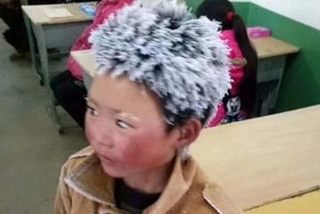 سفید شدن یک شبه موی یک پسر به خاطر امتحان
