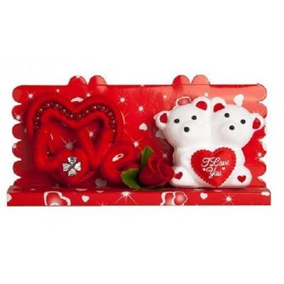 جعبه LOVE و عروسک