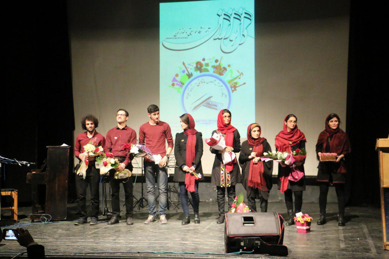 چهارمین روز از جشنواره فرهنگی هنری فجر رشت/آموزشگاه موسیقی دلنوازان