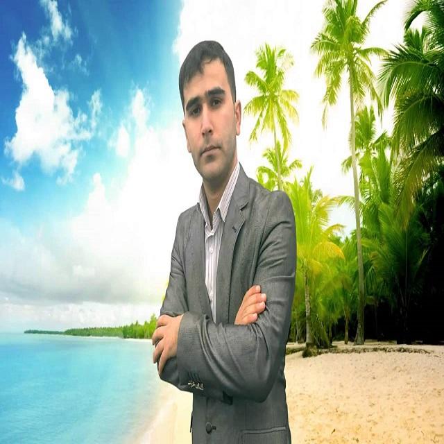 http://s8.picofile.com/file/8318334276/02Azer_Mashxanli_Onu_Menden_Ala_Bilmez.jpg