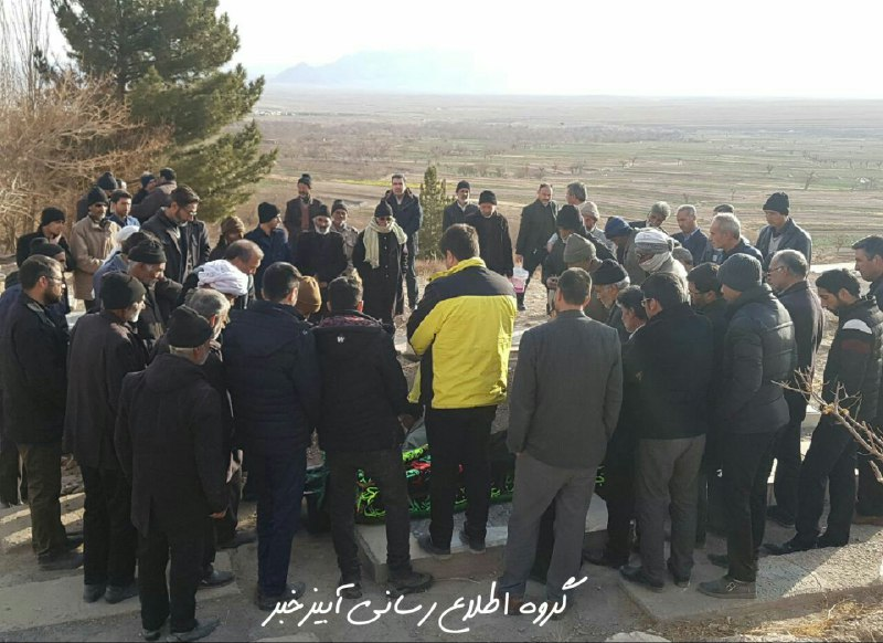 مراسم تشییع وتدفین شادروان حاج عبداله اسدزاده درآبیزبرگزارشد