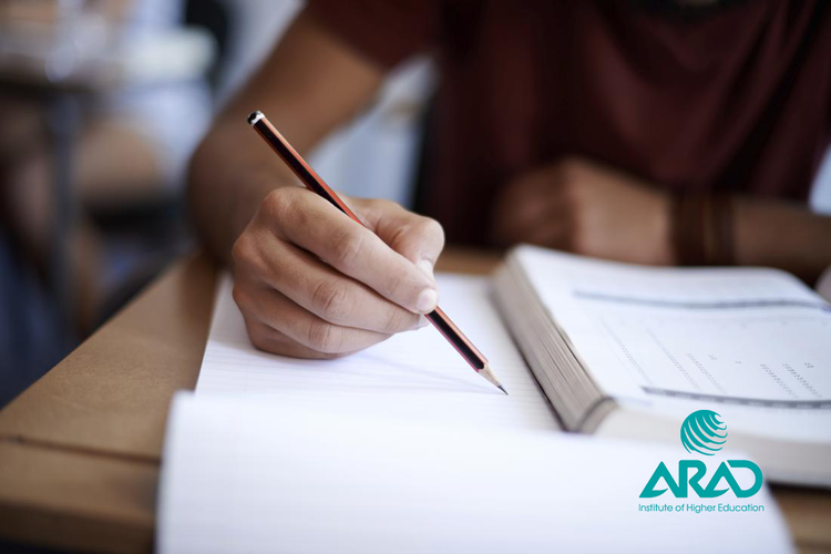 موسسه آموزش عالی آراد زبان انگلیسی arad English Language TOEFL EST