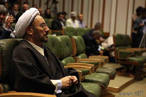 آیینه یزد - کارشناسان رسماً اعلام کردند زهرا کاظمی جاسوس نیست