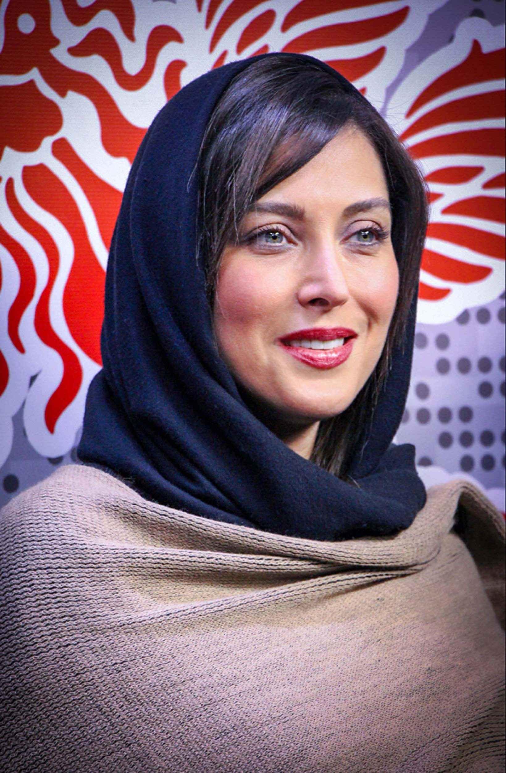 مهتاب کرامتی بازیگر و تهیه کننده در جشنواره فیلم فجر