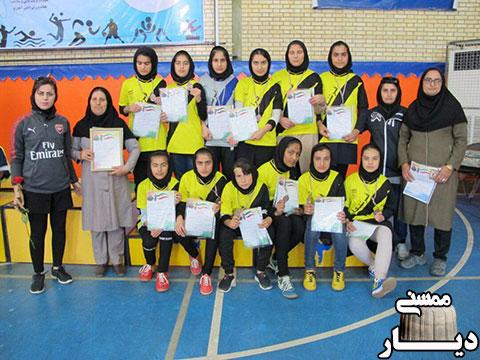 مقام سوم دانش آموزان دختر ممسنی در مسابقات فوتسال استان