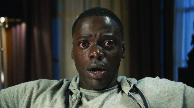 بررسی و تحلیل فیلم Get Out 2017 (بروبیرون)