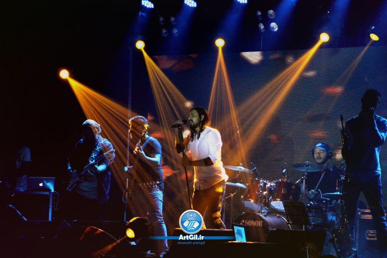 گزارش تصویری از کنسرت امیرعباس گلاب در منطقه آزاد انزلی