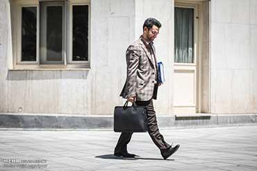 آیینه یزد - وزیر ارتباطات: رانتخوارها ستون پنجم دشمن هستند