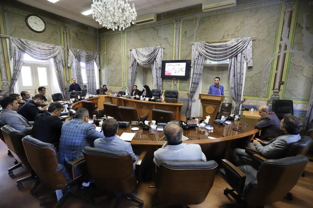 فرصت یک ماهه برای شناسایی چاله و چوله های آسفالت رشت/کمیسیون بهداشت شورا کمیسیون موفق شورای پنجم رشت