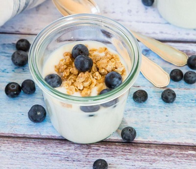 صبحانههای 1 دقیقهای با میوهها و خشکبار