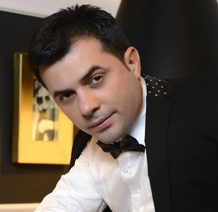 http://s8.picofile.com/file/8335609292/28Revan_Qarayev_A_Leyli.jpg