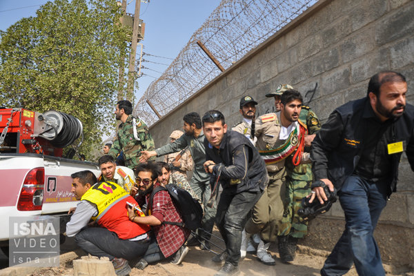 حمله تروریستی به مراسم رژه در خوزستان
