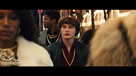 دانلود فیلم white boy rick 2018 ریک پسر سفیدپوست زیرنویس فارسی و لینک مستقیم