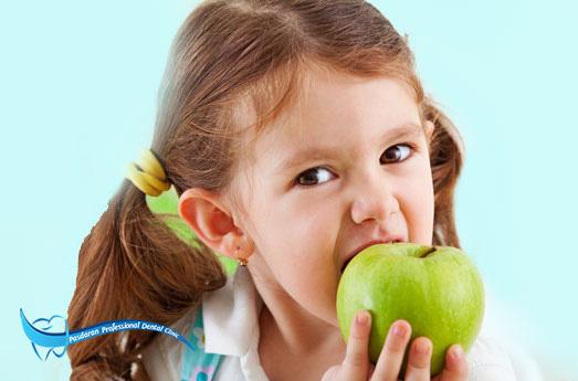 تغذیه و سلامت دهان در کودکان و نوجوانان