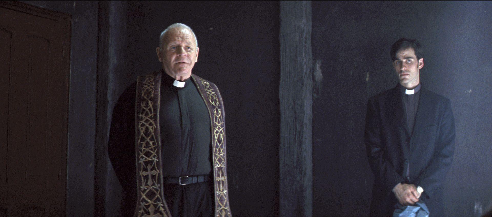 بررسی و تحلیل فیلم the rite 2011 ( تشریفات مذهبی)