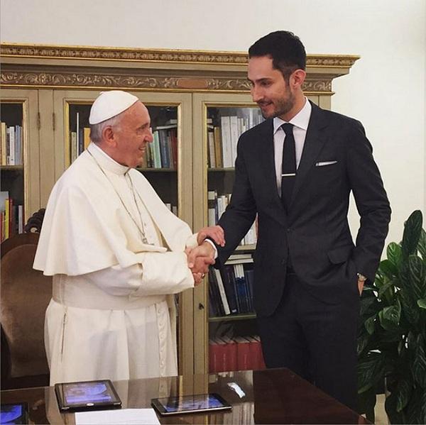کوین سیستروم و پاپ فرانسیس