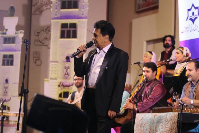 گزارش تصویری کنسرت محلی با اجرای ۸ خواننده به مناسبت روز رشت