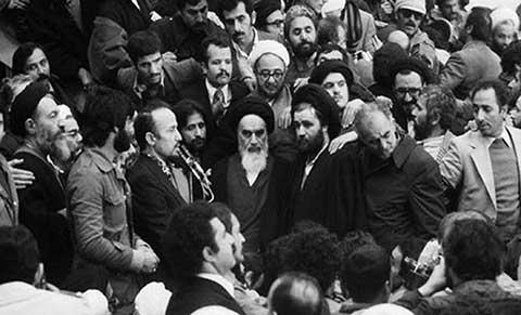 آیینه یزد - امام خمینی(ره): من یک طلبهام، تشریفات را کم کنید