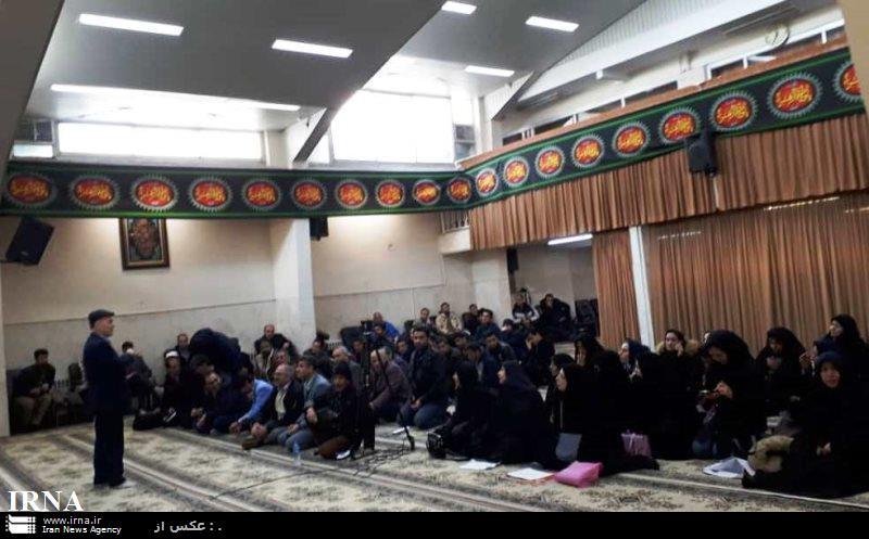 جمعی از سهامداران شرکت پدیده به دفتر امام جمعه مشهد مراجعه کردند