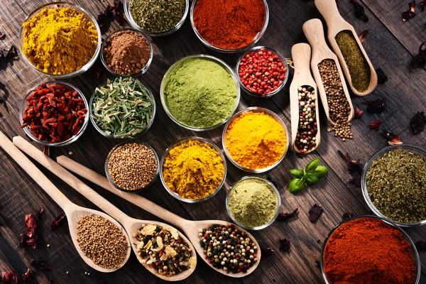 داروهای گیاهی که سبب کاهش قند خون میشوند کداماند؟