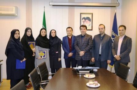 برگزاری مراسم تجلیل از پرسنل خانواده شهید شهرداری منطقه یک