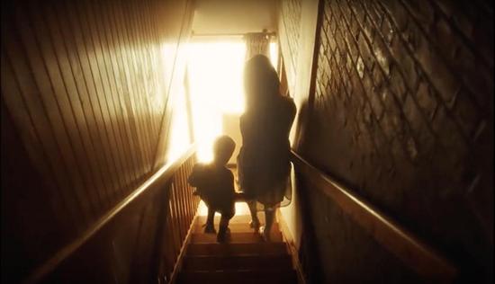 دانلود فیلم Black Mirror Bandersnatch 2018 با لینک مستقیم