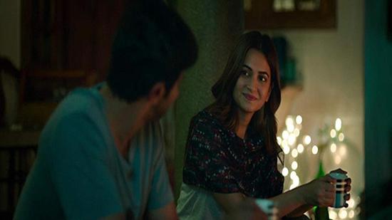 دانلود فیلم Karwaan 2018 کاروان با دوبله فارسی